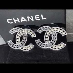 Classic Big Cc Logo Crystals Pearls Studs Earrings
